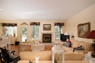 Photo 3: 2391 Damascus Rd in : ML Shawnigan House for sale (Malahat & Area)  : MLS®# 869155
