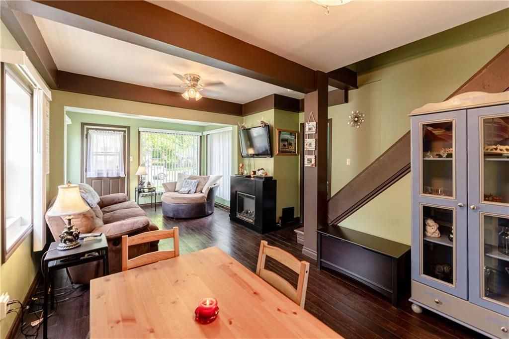 Photo 5: Photos: 805 Madeline Street in Winnipeg: West Transcona Residential for sale (3L)  : MLS®# 202114224