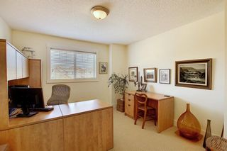 Photo 25: 45 Discovery Heights SW in Calgary: Discovery Ridge Row/Townhouse for sale : MLS®# A1109314
