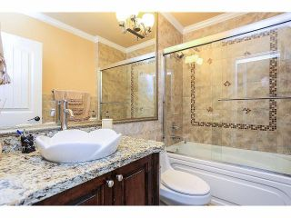 Photo 12: 6138 147A ST in Surrey: Sullivan Station House for sale : MLS®# F1417354