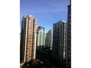 Photo 2: 1805 928 Homer Street in Vancouver: Yaletown Condo for sale (Vancouver West)  : MLS®# V1093631