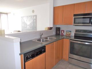 """Photo 12: 806 4888 HAZEL Street in Burnaby: Forest Glen BS Condo for sale in """"The Newmark"""" (Burnaby South)  : MLS®# R2600573"""