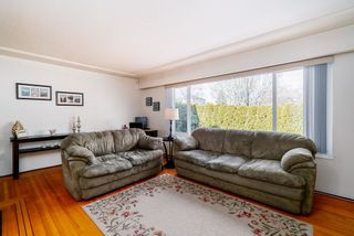 Photo 4: 2504 E 1ST Avenue in Vancouver: Renfrew VE House for sale (Vancouver East)  : MLS®# R2361834