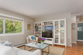 """Photo 3: 405 1930 MARINE Drive in West Vancouver: Ambleside Condo for sale in """"Park Marine"""" : MLS®# R2577274"""