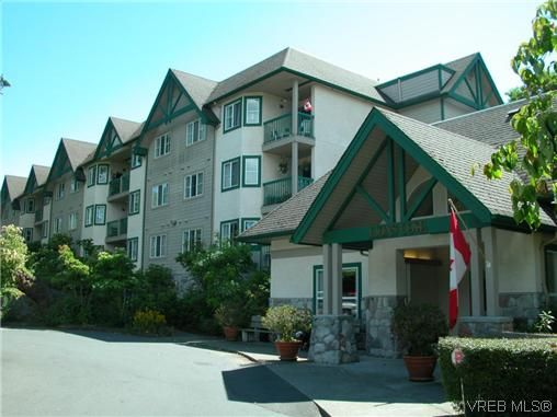 Main Photo: 222 290 Island Hwy in VICTORIA: VR View Royal Condo for sale (View Royal)  : MLS®# 616651