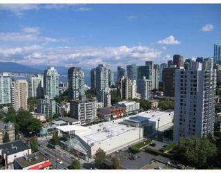 """Photo 9: 1901 1816 HARO Street in Vancouver: West End VW Condo for sale in """"HUNTINGTON"""" (Vancouver West)  : MLS®# V782728"""