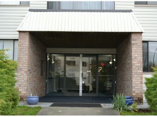 """Photo 9: 202 1410 BLACKWOOD Street: White Rock Condo for sale in """"CHELSEA HOUSE"""" (South Surrey White Rock)  : MLS®# F1228076"""