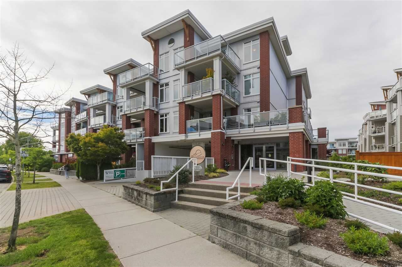 "Photo 17: Photos: 402 4111 BAYVIEW Street in Richmond: Steveston South Condo for sale in ""THE VILLAGE"" : MLS®# R2468998"