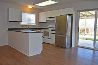 Photo 5: 5623 EMERSON ROAD in Sechelt: Sechelt District House for sale (Sunshine Coast)  : MLS®# R2448377