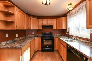 Photo 2: B 2407 Willemar Ave in : CV Courtenay City Half Duplex for sale (Comox Valley)  : MLS®# 870934