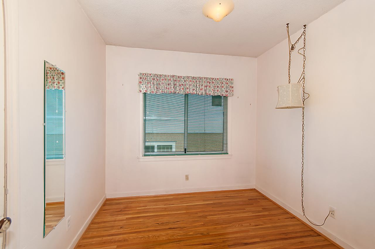 Photo 11: Photos: 1671 W 64TH Avenue in Vancouver: South Granville House for sale (Vancouver West)  : MLS®# R2347397