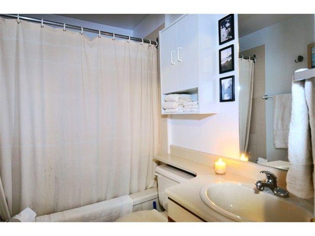 "Photo 14: Photos: # 207 20675 118TH AV in Maple Ridge: Southwest Maple Ridge Townhouse for sale in ""ARBOR WYNDE"" : MLS®# V1043404"