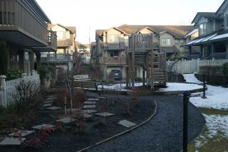 """Photo 19: 15 19250 65 Avenue in Surrey: Clayton Townhouse for sale in """"Sunberry Court"""" (Cloverdale)  : MLS®# R2141831"""
