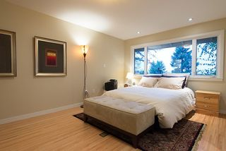 Photo 13: 5657 WESTHAVEN RD in West Vancouver: Eagle Harbour House for sale : MLS®# V1035586