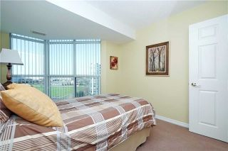 Photo 17: 812 340 W Watson Street in Whitby: Port Whitby Condo for sale : MLS®# E3365946
