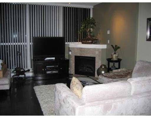 """Main Photo: 506 189 NATIONAL Avenue in Vancouver: Mount Pleasant VE Condo for sale in """"SUSSEX"""" (Vancouver East)  : MLS®# V715705"""