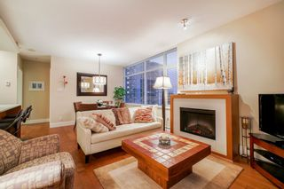 "Photo 10: 702 158 W 13TH Street in North Vancouver: Central Lonsdale Condo for sale in ""Vista Place"" : MLS®# R2342022"