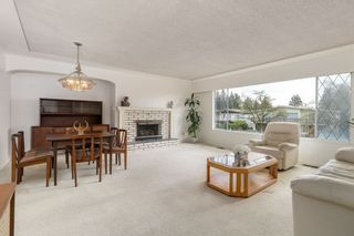 Photo 4: 3411 E 52ND Avenue in Vancouver: Killarney VE House for sale (Vancouver East)  : MLS®# R2243209
