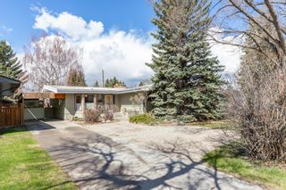Main Photo: 1923 45 Street SW in Calgary: Glendale Detached for sale : MLS®# A1097375