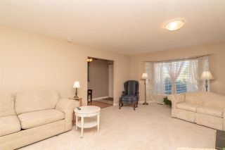 """Photo 5: 15542 98A Avenue in Surrey: Guildford House for sale in """"Briarwood"""" (North Surrey)  : MLS®# R2303432"""