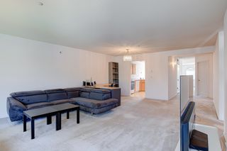 Photo 3: 48 19060 FORD ROAD in Pitt Meadows: Central Meadows Townhouse for sale : MLS®# R2611561