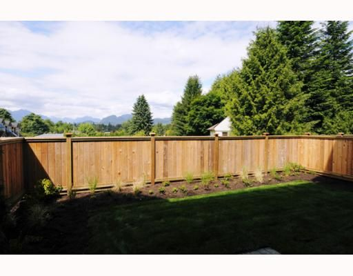 """Photo 10: Photos: 4 22206 124TH Avenue in Maple_Ridge: West Central Townhouse for sale in """"COPPERSTONE RIDGE"""" (Maple Ridge)  : MLS®# V776472"""