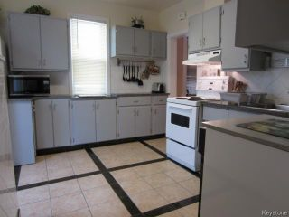 Photo 5: 577 Windsor Avenue in WINNIPEG: East Kildonan Residential for sale (North East Winnipeg)  : MLS®# 1318308