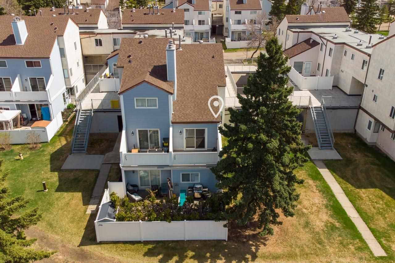 Main Photo: 309 LANCASTER Terrace in Edmonton: Zone 27 Townhouse for sale : MLS®# E4243980