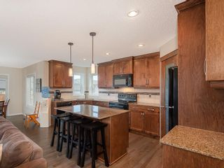 Photo 5: 46 WALDEN Court SE in Calgary: Walden Detached for sale : MLS®# C4238611
