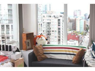 "Photo 13: 2301 1009 EXPO Boulevard in Vancouver: Yaletown Condo for sale in ""LANDMARK 33"" (Vancouver West)  : MLS®# V1072019"