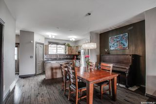 Photo 5: 819 Willowgrove Crescent in Saskatoon: Willowgrove Residential for sale : MLS®# SK852564