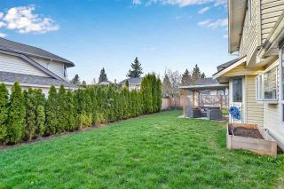 """Photo 12: 6219 189TH STREET Street in Surrey: Cloverdale BC House for sale in """"Eaglecrest"""" (Cloverdale)  : MLS®# R2549565"""