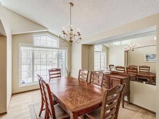 Photo 3: 2269 Sirocco Drive SW in Calgary: Signal Hill Detached for sale : MLS®# A1068949