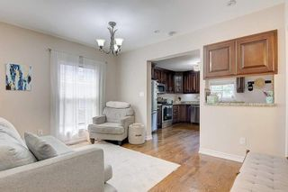 Photo 3: 38 Torrens Avenue in Toronto: Broadview North House (Bungalow) for sale (Toronto E03)  : MLS®# E5347377