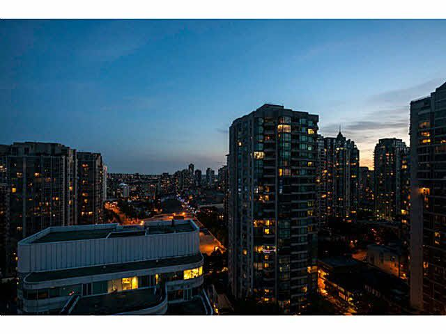 """Photo 13: Photos: 1808 821 CAMBIE Street in Vancouver: Downtown VW Condo for sale in """"RAFFLES ON ROBSON"""" (Vancouver West)  : MLS®# V1125986"""