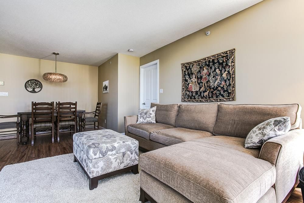 """Photo 5: Photos: 403 235 GUILDFORD Way in Port Moody: North Shore Pt Moody Condo for sale in """"THE SINCLAIR"""" : MLS®# R2187020"""