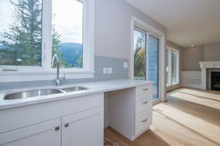 Photo 19: 2240 Southeast 15 Avenue in Salmon Arm: HILLCREST HEIGHTS House for sale (SE Salmon Arm)  : MLS®# 10158069