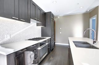 Photo 5: 817 222 Riverfront Avenue SW in Calgary: Eau Claire Apartment for sale : MLS®# A1101898