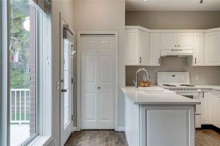 Photo 17: 130 INVERNESS Square SE in Calgary: McKenzie Towne Row/Townhouse for sale : MLS®# C4302291