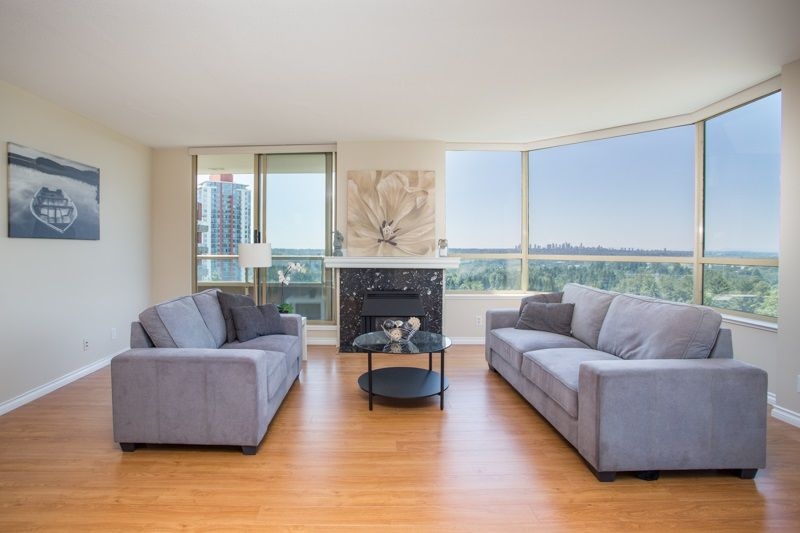 """Main Photo: 1404 738 FARROW Street in Coquitlam: Coquitlam West Condo for sale in """"THE VICTORIA"""" : MLS®# R2478264"""
