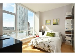 """Photo 7: # 704 1455 HOWE ST in Vancouver: Yaletown Condo for sale in """"POMARIA"""" (Vancouver West)  : MLS®# V1010474"""