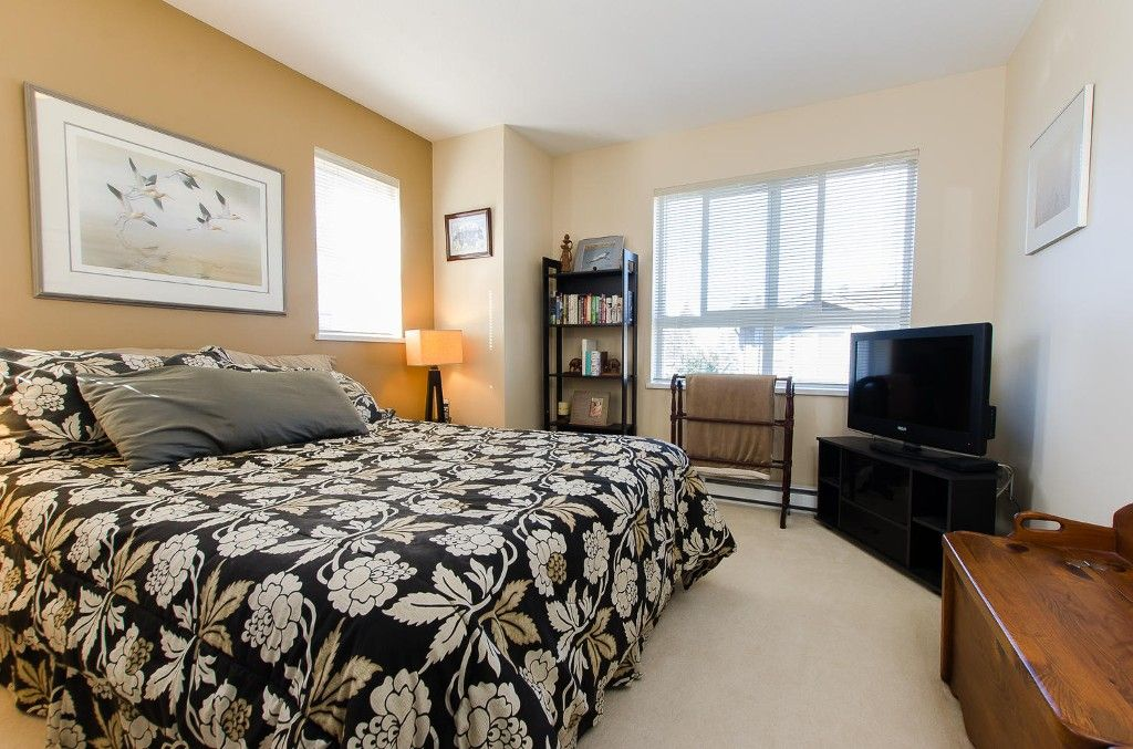 Photo 12: Photos: #39 - 2729 158 Street in Surrey: Grandview Surrey Townhouse for sale (South Surrey White Rock)