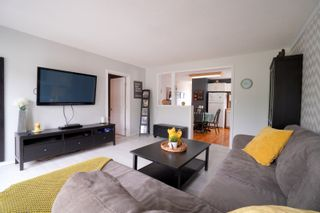 Photo 4: 304 Caledonia Street in Portage la Prairie: House for sale : MLS®# 202116624