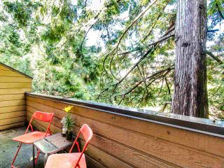 """Photo 7: 4336 GARDEN GROVE Drive in Burnaby: Greentree Village Townhouse for sale in """"GREENTREE VILLAGE"""" (Burnaby South)  : MLS®# R2406422"""
