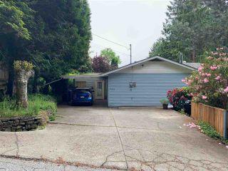 Photo 1: 5353 SELMA PARK ROAD in Sechelt: Sechelt District House for sale (Sunshine Coast)  : MLS®# R2372795