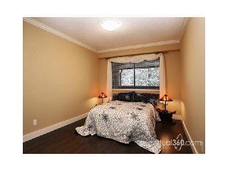 "Photo 8: 302 436 7TH Street in New Westminster: Uptown NW Condo for sale in ""REGENCY COURT"" : MLS®# V875914"