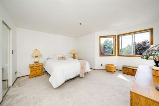 """Photo 13: 312 5710 201 Street in Langley: Langley City Condo for sale in """"WHITE OAKS"""" : MLS®# R2387162"""