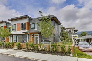 """Photo 3: 409 3021 ST GEORGE Street in Port Moody: Port Moody Centre Townhouse for sale in """"GEORGE by MARCON"""" : MLS®# R2604134"""