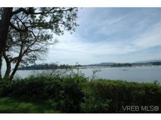 Photo 3: 2297 Tryon Rd in NORTH SAANICH: NS Curteis Point House for sale (North Saanich)  : MLS®# 489110