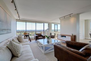 "Photo 3: 1106 2445 W 3RD Avenue in Vancouver: Kitsilano Condo for sale in ""Carriage House"" (Vancouver West)  : MLS®# R2163748"